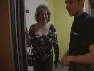Granny sucks boys cock Busty Russian Granny Sucked Younger Boy Cocks In Elevator Nonktube Com