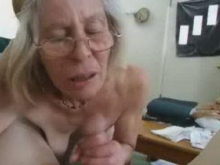 amateur grandma sucks cock