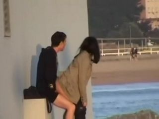 Amateur Couple Fucking On The Docks Not Being Aware Of A Hidden