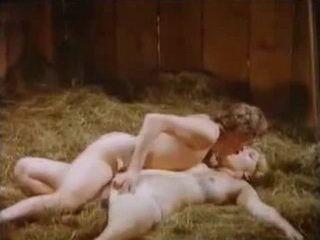 Paradise nackt Sally  BRITISH PORN